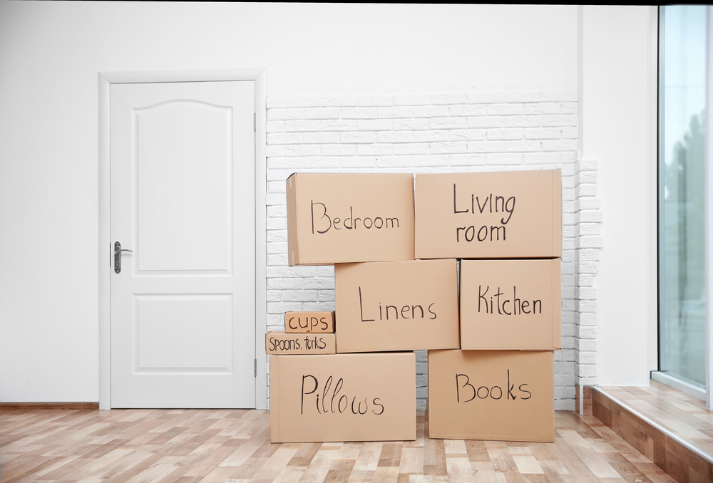 packing moving boxes